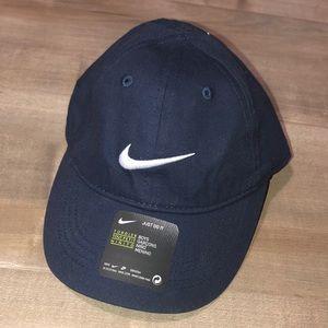 NWT Nike toddler hat